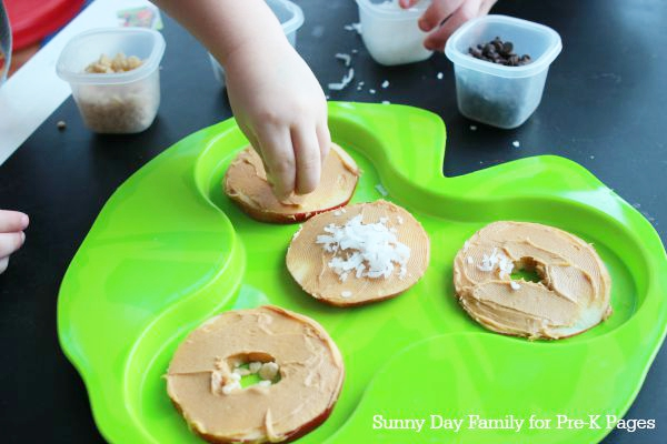 apple pizza preschool snack
