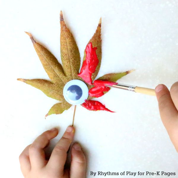 painting a leaf with eye
