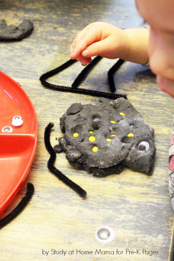 spider play dough fine motor
