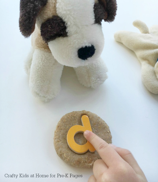 Pet Biscuit Play dough d is for dog