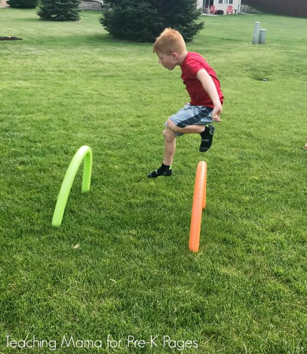 outdoor obstacle course kindergarten