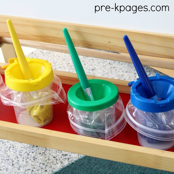 Art Center Paint Cups with Bags