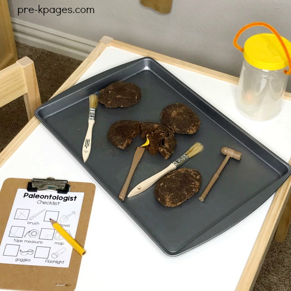 Printable Paleontologist Checklist for Dinosaur Dig Dramatic Play