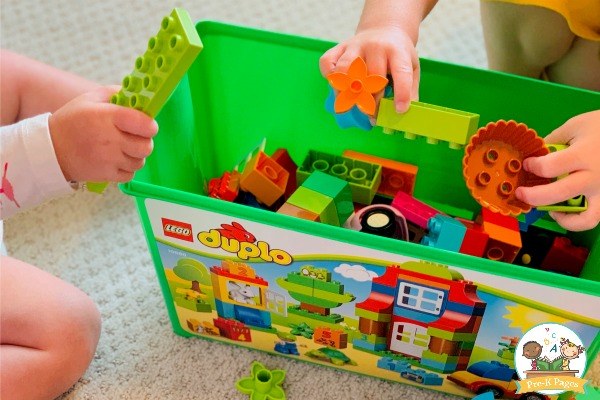 cooperative play blocks preschool